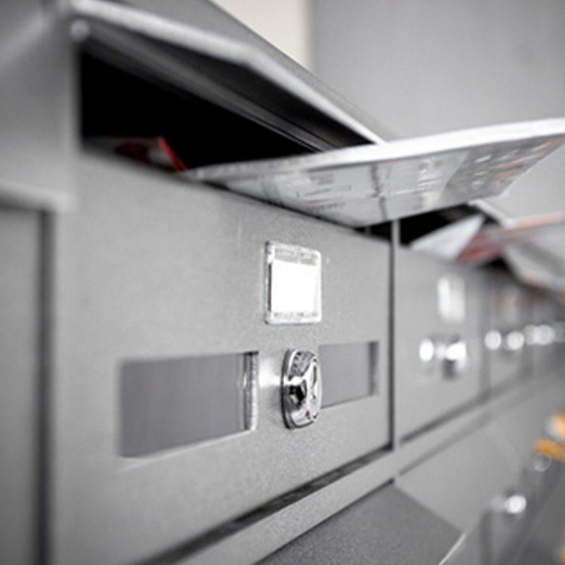 Brief im Postkasten