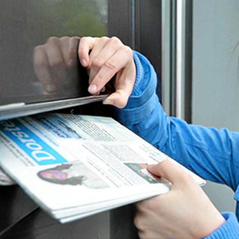 Zeitung verteilen